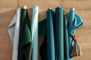 Chez PAJA Couturier un vaste choix de tissus est disponible sur commande. Vous pourrez façonner votre décor comme vous le souhaitez!